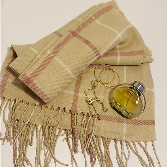Brand NWT H&M Warm Long Shawl Wraps/Scarves